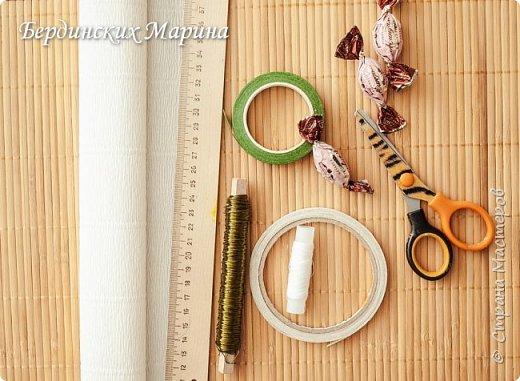 Мастер-класс по созданию прекрасной орхидеи с конфетами. фото 2