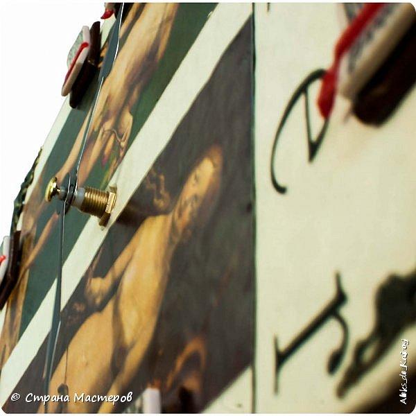 """Всем здравствуйте! Ещё одна работа пополнила коллекцию """"БИБЛИОТЕКА"""" - Часы """"Дюрер: Адам и Ева"""" Всё как и в прошлых моделях, книга, механизм,отделка... Гравюры Дюрера, цифры в ручную лепил из полимерной глины, для большего эффекта добавил металлические уголки) фото 8"""