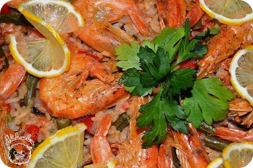 Паэлья - это повсеместное испанское блюдо со множеством вариантов приготовления.  Очередной заказ мужа ))) фото 17