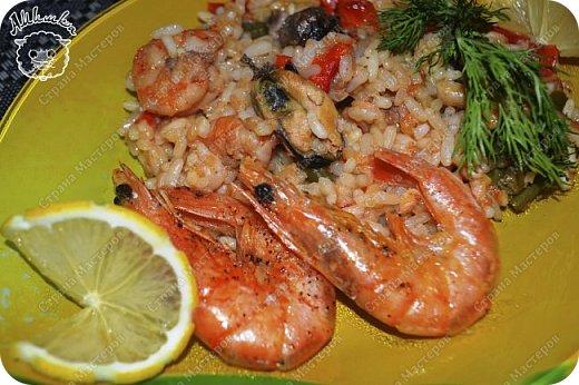 Паэлья - это повсеместное испанское блюдо со множеством вариантов приготовления.  Очередной заказ мужа ))) фото 19