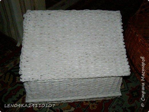 Мая первая хлебница,правда крышку немного покосило фото 3