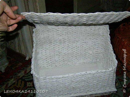 Мая первая хлебница,правда крышку немного покосило фото 4