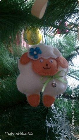 Ну как же без символа года? Первая овечка получилась такая кокетка!) фото 3