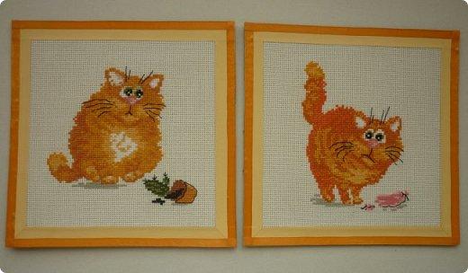 Всем привет! Сегодня покажу Вам котиков, которые уже давно радуют нашу семью. Эти миниатюрки я вышила, отдыхая от большой работы. Они такие забавные, надеюсь, поднимут настроение и вам! фото 6