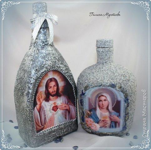 Хочу показать  бутылочки под святую воду , сделанные специально к Крещению.  На бутылочках распечатки, украшены глиттерами, на другую нанесена акриловая тяжелая моделирующая серебряная паста, по краю мотива контур. фото 8