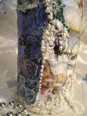 Доброй ночи страна Мастеров! Хочу показать Вам свою любимую бутылочку Снежная королева. Делала я ее моей хорошей знакомой с каким то особым трепетным чувством. тема была навеяна во-первых, тем что это ее любимая сказка, а также чудесным аквамариновым цветом бутылочки.  Я думаю, что Вы все хорошо помните эту замечательную сказку. Так что приятного путешествия...Все стихи взяты из  Сказки в стихах Снежная королева. (По мотивам одноимённой сказки Г. Х. Андерсена. Переложение на стихи — Владимир Глушков). фото 29