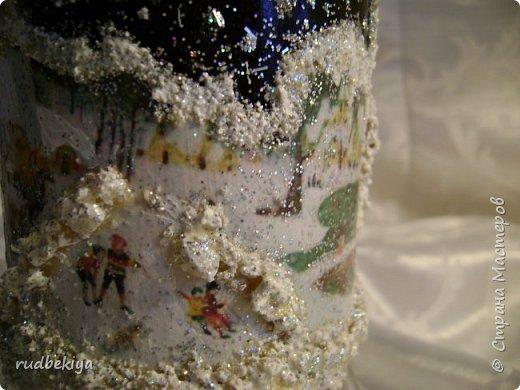 Доброй ночи страна Мастеров! Хочу показать Вам свою любимую бутылочку Снежная королева. Делала я ее моей хорошей знакомой с каким то особым трепетным чувством. тема была навеяна во-первых, тем что это ее любимая сказка, а также чудесным аквамариновым цветом бутылочки.  Я думаю, что Вы все хорошо помните эту замечательную сказку. Так что приятного путешествия...Все стихи взяты из  Сказки в стихах Снежная королева. (По мотивам одноимённой сказки Г. Х. Андерсена. Переложение на стихи — Владимир Глушков). фото 4