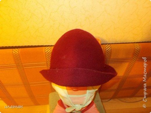Сегодня я расскажу  как из старой норковой шапки сделать банную шапочку.Подойдёт любая меховая шапка, но фабричного производства(кустарные изнутри промазывали клеем ПВА)  не подходит только  ушанка(настоящая с отложными ушами). Для начала несколько фото готовых шапок фото 2
