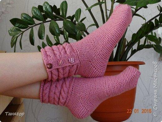 Всем здравствуйте. Вот такие носочки связались в подарок. фото 1