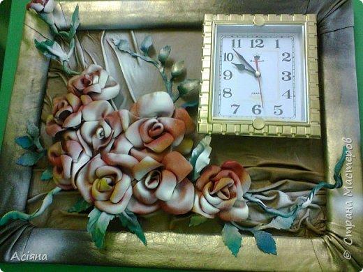 Розы из кожи+ часы.. красиво и удобно! Легко делается и красиво смотрится)