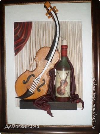 """Приветствую всех Мастеров и Мастериц, увлеченных творчеством. Сегодня, я представляю Вам один МК сразу по двум картинам. Первая называется """"Вечная любовь"""", вторую я назвала """"Веселая"""" скрипка"""". Вдохновением  для создания обеих картин послужили скульптуры великолепного художника Fhilippe Guillerm. Деревянные скульптуры мастера причудливы и необычны. Музыкальные инструменты в точности повторяют человеческие действия и воспроизводят сцены из повседневной жизни людей: держатся за руки, танцуют, обнимаются, карабкаются на гору, читают книги... Я думаю, что многие из Вас видели его работы в интернете. И я не осталась равнодушна, так захотелось воплотить его идеи в коже.  Вот,что у меня получилось. фото 55"""
