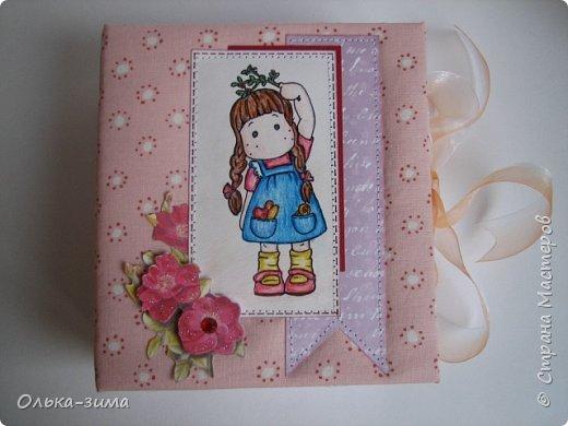 Добрый день. Хочу показать вам шкатулку, которую делала в подарок для дочкиной подруги. Размер 15х16,5см и высотой 6см. фото 2