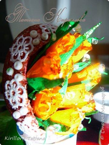 Декор яиц с квиллинговой веточкой и натуральной шишечкой.Скорлупки оформлены бисером и микробисером, фото 5