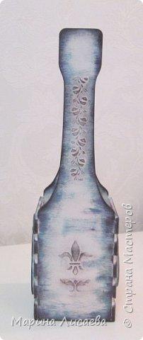 Здравствуйте, мои дорогие жители СМ! Вот закончила декорировать бутылочницу и сразу показываю ее вам. Не утерпела и сфотографировала до покрытия лаком. Хотя сейчас она уже покрыта лаком и лучше заиграла.  фото 4