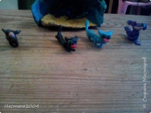 Кот Бич из Котов воителей.Все работы выполнены из пластилина.(Шипы на ошейнике кота сделаны из бисера.)  фото 9