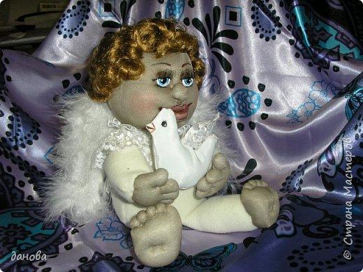 """Чулочные куклы, для меня """"проба пера"""". Как вышло - судить Вам. Вышел вот такой ангелок с голубем. фото 2"""