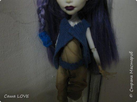 сегодня я сшила 3 кукольных костюмов вот один из них: Эту куклу зовут Лагуна ей я решила сшить тунику и ободок фото 8