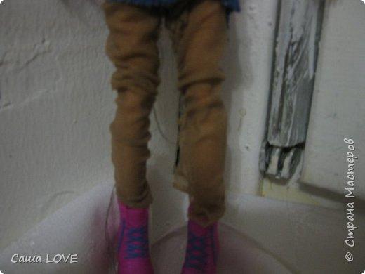 сегодня я сшила 3 кукольных костюмов вот один из них: Эту куклу зовут Лагуна ей я решила сшить тунику и ободок фото 6