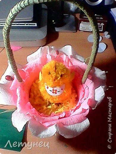 Здравствуйте дорогие мастера и мастерицы ,знаю что не изобрела ничего нового но  на просторах интернета очень понравились цветы и я решила попробовать и вот что получилось,конечно не всё ровно да гладко ,но для первого раза  ничего.Конечно как я делала я не догадалась заснять ,так была увлечена,так что перед вами готовые работы. фото 5