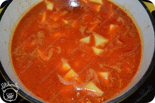 Бограч - это венгерский суп, очень популярный также на Закарпатье. Другие названия бограча - богораш, богорош, мадьярский гуляш, бограч-гуляш, бограч-гуйяш. Этот суп очень сытный и несложный в приготовлении.  фото 13