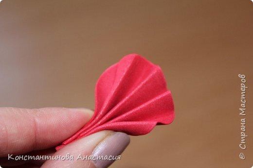 Привет Страна! Предлагаю вашему вниманию очень простой МК по изготовлению мака из четырех лепестков. фото 6