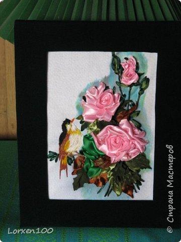 Здравствуйте,мои дорогие соседи-жители  любимой Страны!Что-то начало года меня разленило,месяц прошел,а никаких работ новых,в игры играю- в детство впала)) Но,между делом,такая вот птичка с розами у меня появилась!Птичка чирикает так славно,а розы благоухают)))очень меня радуют!Надеюсь,что и вы улыбнетесь,мои милые!! фото 5