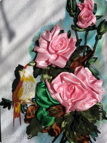 Здравствуйте,мои дорогие соседи-жители  любимой Страны!Что-то начало года меня разленило,месяц прошел,а никаких работ новых,в игры играю- в детство впала)) Но,между делом,такая вот птичка с розами у меня появилась!Птичка чирикает так славно,а розы благоухают)))очень меня радуют!Надеюсь,что и вы улыбнетесь,мои милые!! фото 3