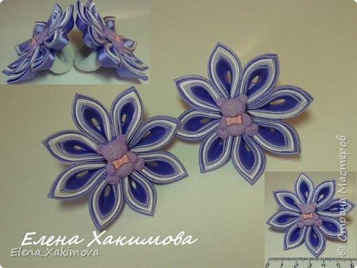 Очень уж мне понравилось собирать цветочки из классических острых, круглых лепестков канзаши. Вот что напридумывалось за последнее время: красно-белое сочетание цвета тоже своего рода классика. фото 10