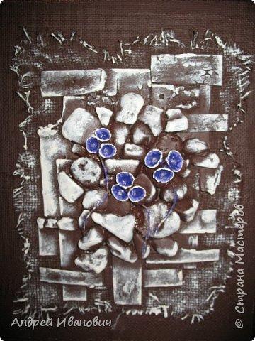 Первый слой-мешковина  Второй слой-береста Третий слой-морские камушки Четвёртый слой -ракушки фото 4