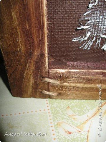 Первый слой-мешковина  Второй слой-береста Третий слой-морские камушки Четвёртый слой -ракушки фото 6