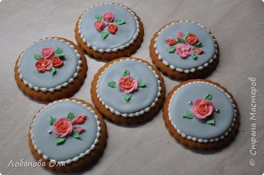 Видео Кулинария Мастер-класс Роспись Сахарные цветочки для пряников Продукты пищевые фото 1