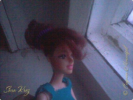 Всем приветики.Сегодня решила вам показать находку из интернета.Нашла как сделать кукле причёску с чёлкой,может кто-то её видел,но я вам её покажу!Это что-то типа Краткого мк. простите,но фото будут к сожалению не ахти фото 9