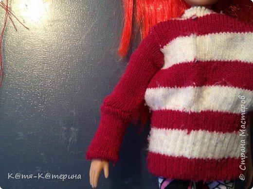 Привет. Решила показать вам как я делала свитер для моей куклы. Нам нужна перчатка. фото 10