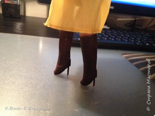 Привет. Решила я сделать МК по обуви для кукол. ( Я такого МК не видела.) Нам понадобиться : салфетки, клей ПВА , кисточка, ножницы, зубочистка, фольга ( или пищевая плёнка), клей Момент. фото 10