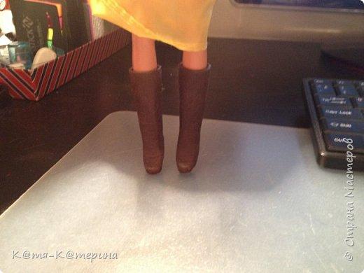 Привет. Решила я сделать МК по обуви для кукол. ( Я такого МК не видела.) Нам понадобиться : салфетки, клей ПВА , кисточка, ножницы, зубочистка, фольга ( или пищевая плёнка), клей Момент. фото 11