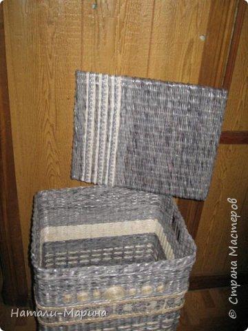 Короб (тоже первенец) для белья в ванную комнату. Крышка не крепится. Оплетена с обеих сторон. фото 2