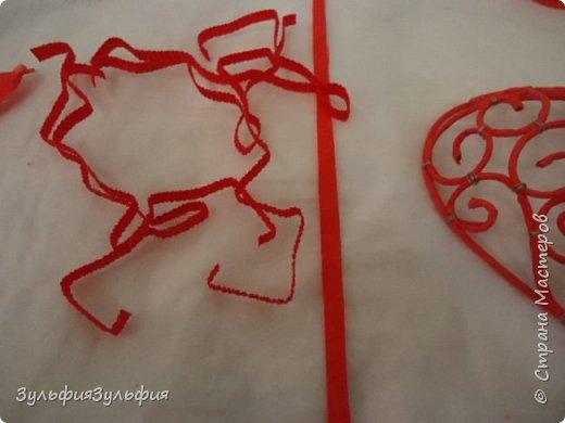 Мастер-класс Свит-дизайн Валентинов день Моделирование конструирование Плетение МК ажурного сердечка валентинки Бумага гофрированная Бусины Клей Ленты Проволока Продукты пищевые фото 18