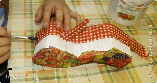 Предлагаю вашему вниманию идею для подарка к Женскому Дню (или к другому подходящему событию). Коробочка для хранения украшений, выполненная в виде туфельки наверняка впишется в интерьер вашей подруги, мамы, дочери или в ваш собственный.  фото 8