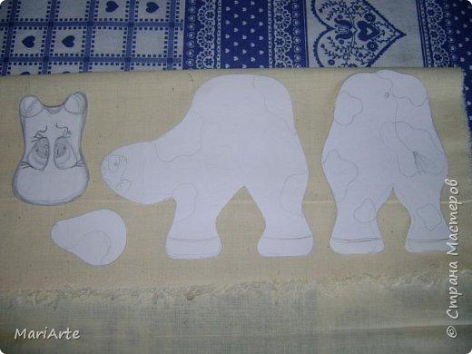 Мастер-класс Шитьё Шьём -Смешную коровку- М К Клей Кофе Краска Ткань фото 4