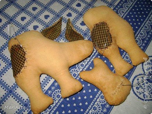 Мастер-класс Шитьё Шьём -Смешную коровку- М К Клей Кофе Краска Ткань фото 21