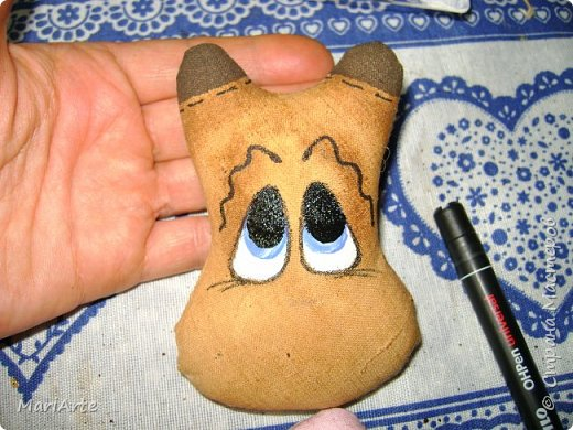 Мастер-класс Шитьё Шьём -Смешную коровку- М К Клей Кофе Краска Ткань фото 32