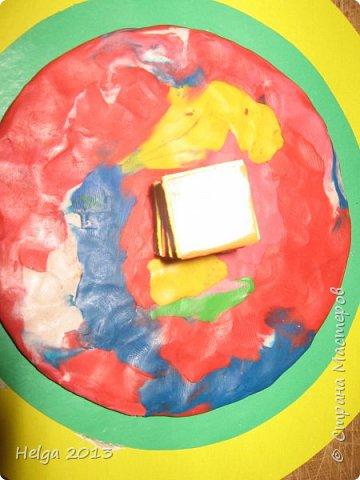Мастер-класс Поделка изделие 23 февраля Аппликация Торцевание на пластилине Медали для пап Бумага Диски компьютерные Картон Клей Пластилин фото 10