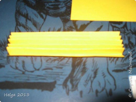 Мастер-класс Поделка изделие 23 февраля Аппликация Торцевание на пластилине Медали для пап Бумага Диски компьютерные Картон Клей Пластилин фото 17