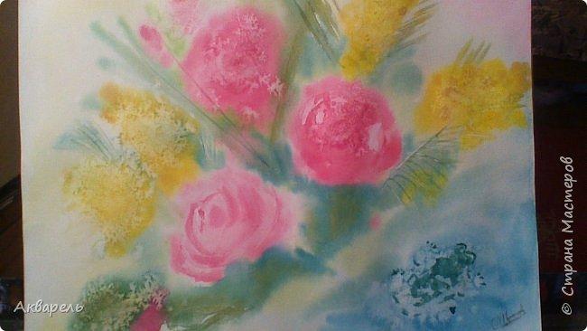 Пытаюсь рисовать, ушла боязнь чистого листа и хочется рисовать, рисовать....... все что вижу. Очень хотелось нарисовать маки, нашла фотку в интернете. Мне она показалась интересной и не очень сложной. Очень я ошиблась. Цветы я рисовала всегда как школьники рисуют, лепесточек, серединка, листок - вот и цветок. Рисовала часов пять не отрывалась. фото 10