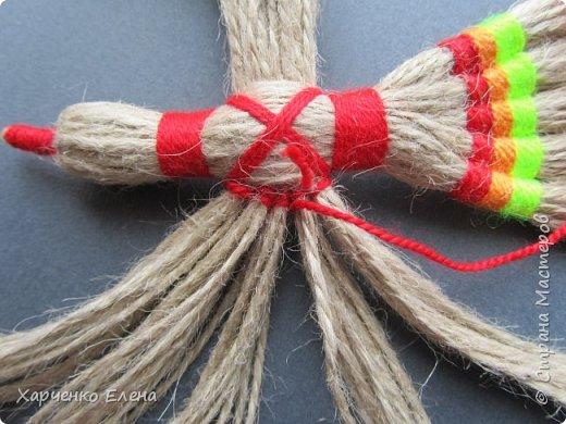 Куклы Мастер-класс Плетение ПТИЧКА-ОБЕРЕГ ИЗ ШПАГАТА Бусины Нитки Шпагат фото 9