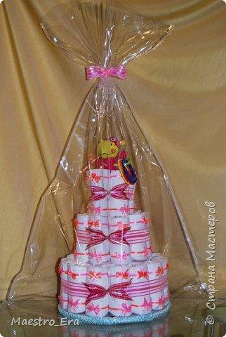 """Доброго времени суток всем жителям и гостям Страны Мастеров! Вот какие тортики я """"выпекла"""" на днях: - трехэтажный торт из подгузников для девочки: фото 2"""
