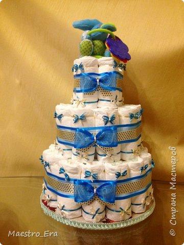 """Доброго времени суток всем жителям и гостям Страны Мастеров! Вот какие тортики я """"выпекла"""" на днях: - трехэтажный торт из подгузников для девочки: фото 3"""