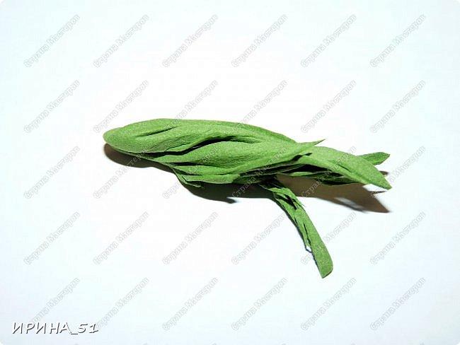 Здравствуйте! представляю Вам Мк по изготовлению розы из фома. фото 20