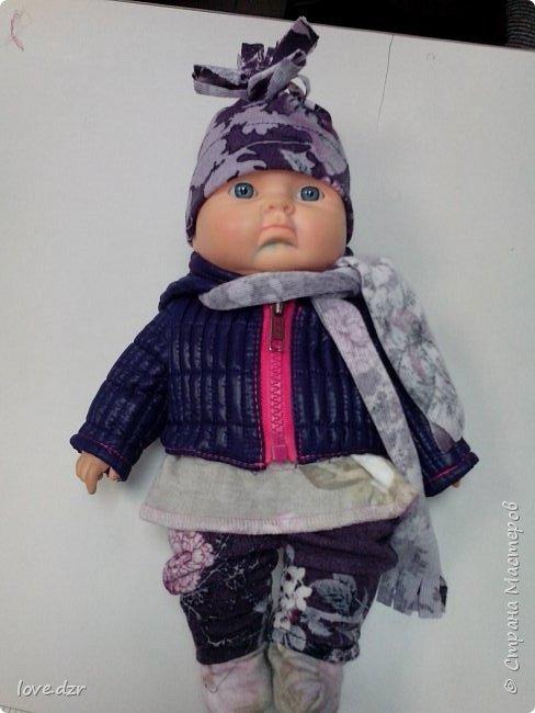 Кукла не моя просто шила на нее одежду для маленькой девочки.Повязка на голову,платье. фото 2