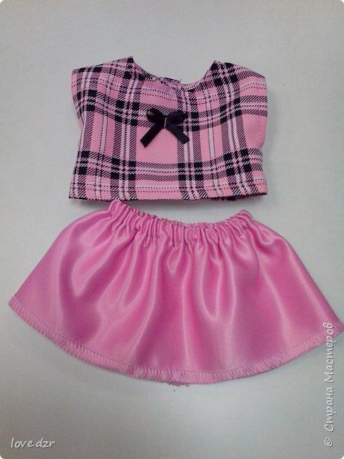 Кукла не моя просто шила на нее одежду для маленькой девочки.Повязка на голову,платье. фото 3